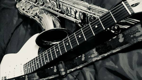 Sax/ Guitar Player Available