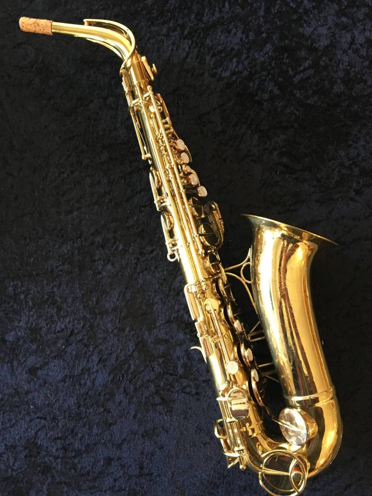 Need sax or clarinet overdubbed on your recording project?